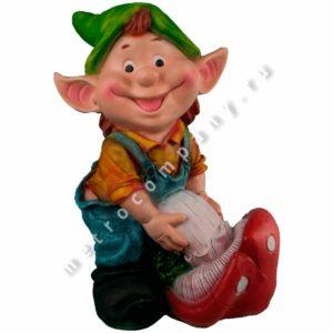 Садовая фигурка Гном мальчик с грибом