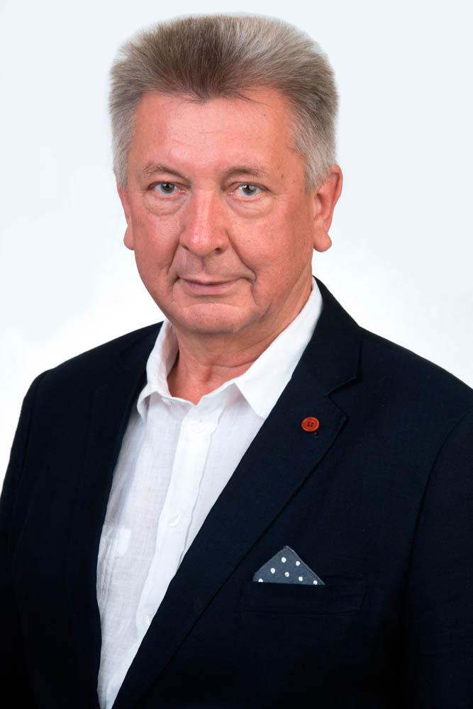 Евгений Васильевич